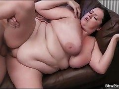 BBW blows smart cock with the addition of gets fucked