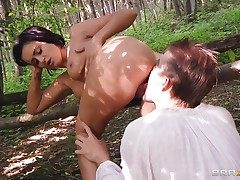 Danny D bangs Keira Knight about her mouth